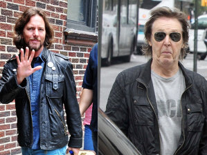 VIDEO: Cum l-a pocnit Paul McCartney pe vocalistul Pearl Jam, Eddie Vedder, direct în faţă