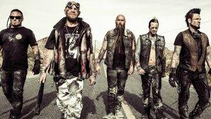 După ce vocalistul Ivan Moody a dat-o de gard în Olanda, Five Finger Death Punch revine în această ţară pentru un concert gratis