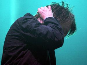 """VIDEO: Surprinzător, noul videoclip Radiohead, """"Man of War"""", este despre nefericire, singuratate şi angoasă"""
