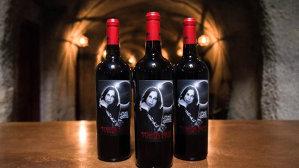 Bătrânul Ozzy a scos pe piaţă Solar Red Wine