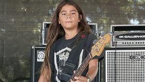 VIDEO: Vezi documentarul despre puştiul de 12 ani al basistul Metallica care a cântat în turneu cu Korn