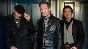 The Professionals anunţă lansarea unui nou album alături de membrii G N'R, Def Leppard şi The Cult