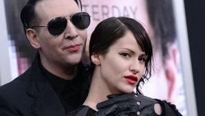 Cele mai bune sfaturi pentru relaţiile de cuplu vin de la Marilyn Manson