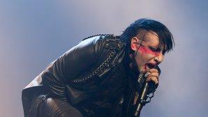 Marilyn Manson a fost muşcat de mădular în timpul unui concert