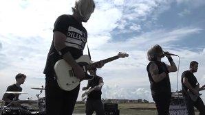 """VIDEO: Breathelast a lansat noul clip, """"Ascuns în pereţi"""""""
