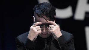 Ploaia de acuzaţii de VIOL #metoo ajunge şi la Marilyn Manson