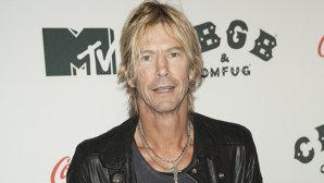 Apare cartea în limba română a basistului Guns N' Roses, Duff McKagan,