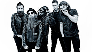"VIDEO: Galezii Skindred fac teasing la noul clip, ""Machine"""