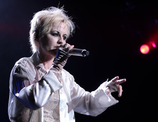 """REZULTATUL AUTOPSIEI vocalistei THE CRANBERRIES, Dolores O'Riordan: """"NU a murit din cauze naturale"""""""""""