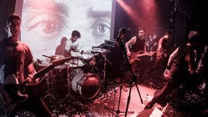 VIDEO: Breathelast a lansat primul album full length