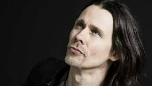 "AUDIO: Myles Kennedy a lansat ""Love Can Only Heal"""