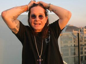 6 celebre căderi nervoase din lumea rock'n'roll