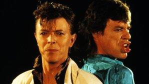 """Vezi celebrul videoclip """"Dancing in the Street"""" al lui David Bowie cu Mick Jagger în varianta Lego"""