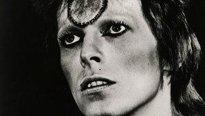 """Casa de discuri a refuzat iniţial discul lui Bowie, """"Ziggy Stardust"""", susţine bateristul de atunci"""