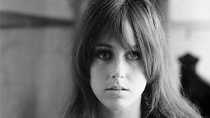 Ascultă una din cele mai fascinante voci, Grace Slick, vocalista Jefferson Airplane