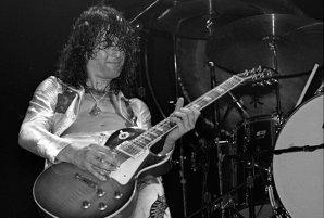 Cum a fost calomniat chitaristul Led Zeppelin,