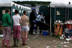 O fabrică de bere din Danemarca foloseşte urina strânsă la festivalul Roskilde pentru a fertiliza orzul