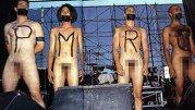 Protest în pielea goală a unei celebre trupe împotriva cenzurii