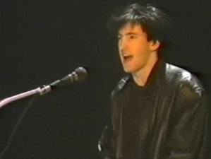 VIDEO: Să-l vezi pe Reznor cum cânta la clape într-o trupă disco-new-wave în anii 80 e un spectacol în sine