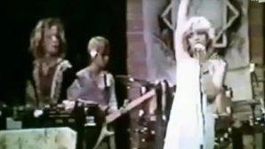 AUDIO: Pe când avea doar 20 ani Courtney Love era vocalista Faith No More