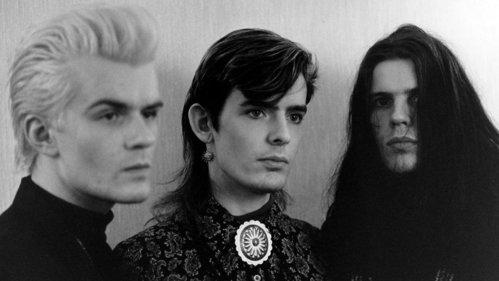 """Se împlinesc 32 ani de la apariţia unuia din cele mai frumoase albume ale anilor 80, The Cult """"Love"""""""