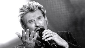 VIDEO: Johnny Hallyday a compus piesa