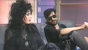 Am găsit un fascinant interviu cu The Sisters Of Mercy din 1988