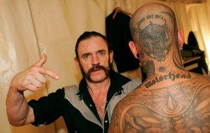 Un cercetător din Liverpool vrea să numească un nou element chimic din metal după Lemmy