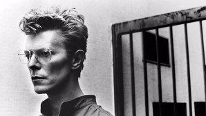 Momentul perfect pentru intro-ul lui David Bowie pentru filmul The Snowman