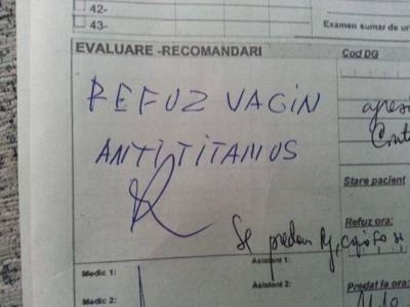 """Mesajul VIRAL al unei asistente medicale pentru părinţii care se opun vaccinării: """"Nu e bune vaginele astea"""""""
