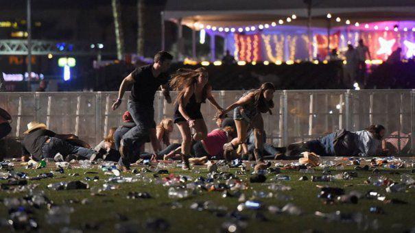 Din păcate printre victimele masacrului de la las Vegas nu se numără şi Ion iliescu.