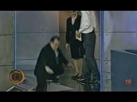 Celebra scenă cu Emil Boc din emisiunea lui Andrei Gheorghe VIDEO
