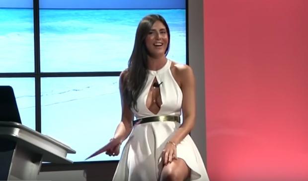 Cel mai viralizat clip în Italia! Ce face această prezentatoare TV, deşi ştie că este filmată
