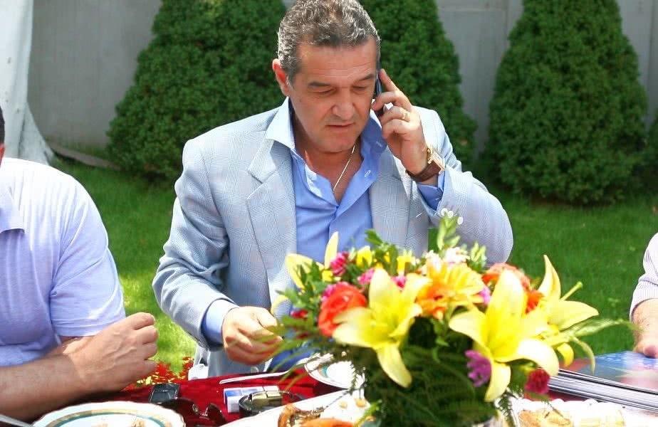 """După ce lui Dragnea i-au apărut patru puncte pe telefon, Gigi Becali confirmă: """"Mie mi-a apărut un punct în urma lu' CFR Cluj."""""""