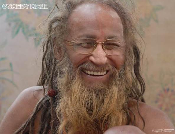 Un vamaiot bătrân face senzaţie pe Litoral: răspunde la numele de Davai Lama şi stă în lotus, în şpagat, în seceră şi în ciocan.