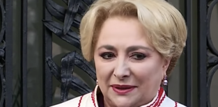Viorica Dăncilă, SUPERBĂ în tinereţe! Din ce activitate câştiga, pe atunci, bani