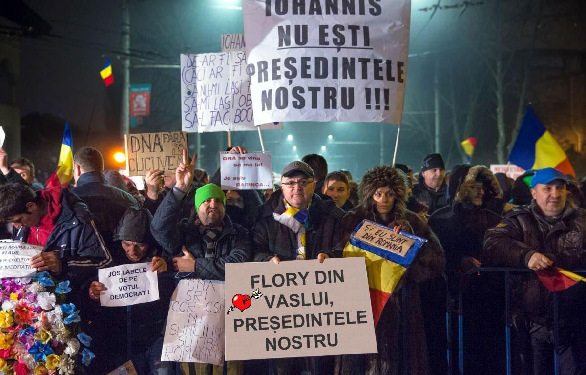 Le mulţumesc protestatarilor de la Cotroceni pentru gândurile bune