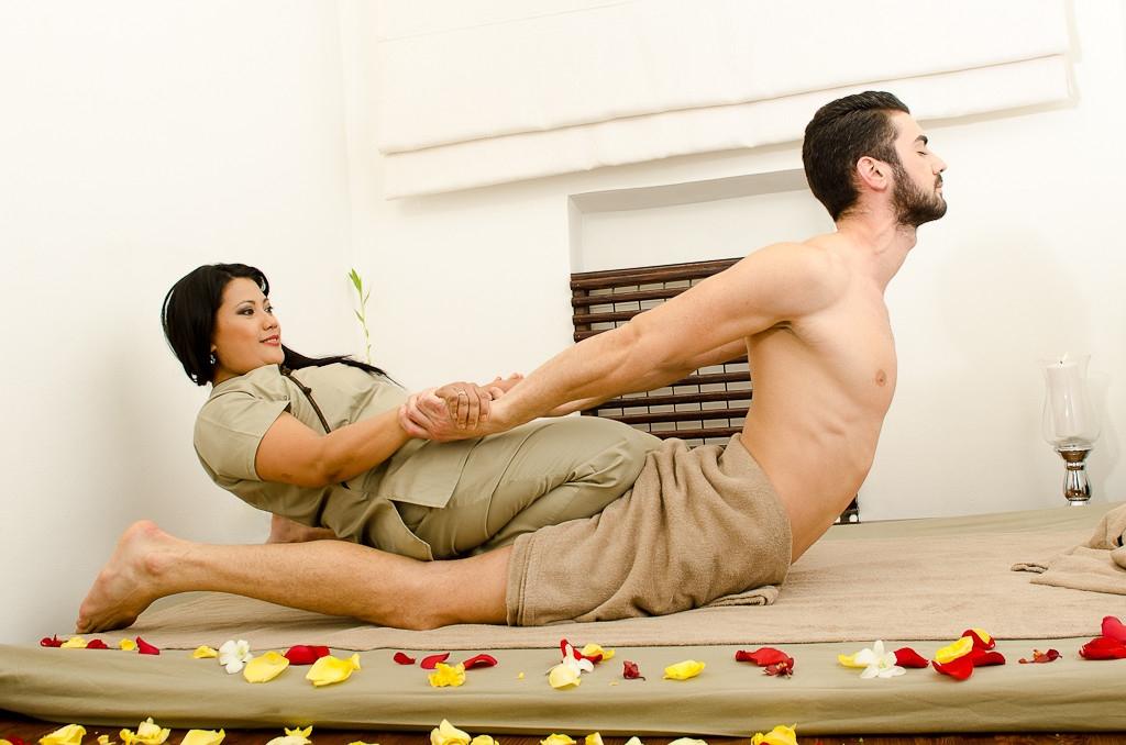 Cică pedepsele cu închisoarea de pâna la un an să se execute acasă. Dar de ce nu la salonul de masaj?
