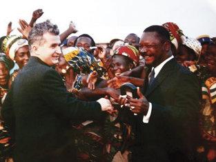 Cum arată acum românca vândută de Ceauşescu, pe diamante, unui preşedinte canibal