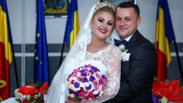 Un primar din Maramureş a făcut nuntă cu 3.000 de invitaţi