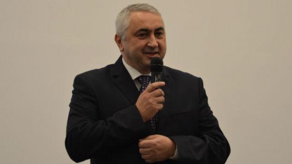 45 de rectori susţin numirea lui Valentin Popa în funcţia de ministru al Educaţiei