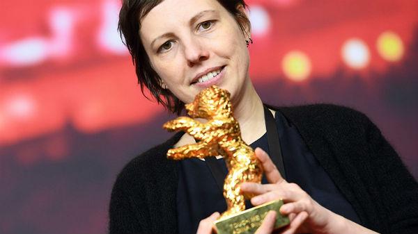"""Filmul românesc """"Nu mă atinge-mă"""" a câştigat Ursul de Aur la Festivalul de la Berlin"""