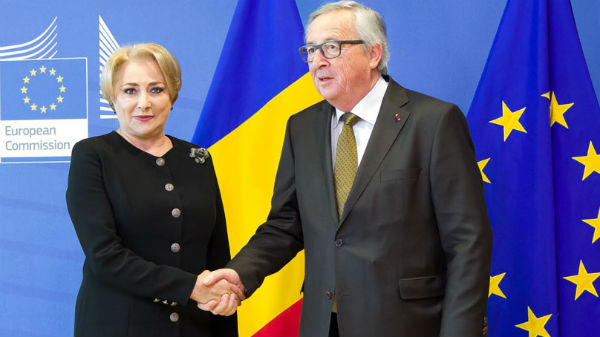 Veorica Vasilica Dăncilă vrea să-l ia la rost pe Juncker. Motivul halucinant