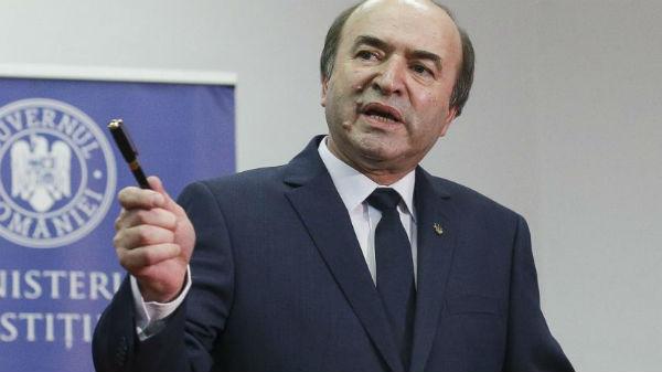 Iohannis: Ministrul Toader nu are temei pentru sesizarea Curţii Constituţionale în privinţa revocării lui Kovesi.