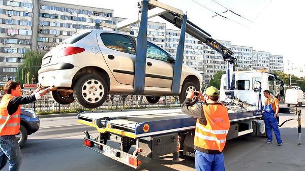 De azi se ridică maşinile parcate neregulamentar în sectorul 3 al Capitalei