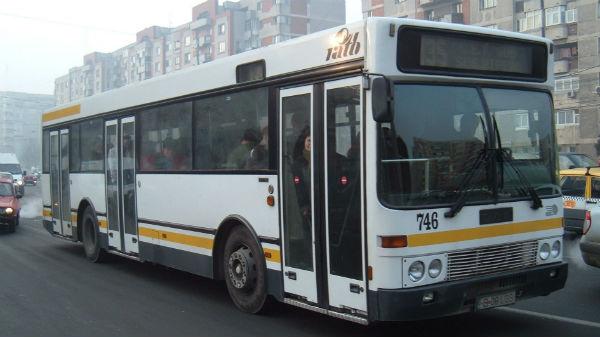 Primăria Capitalei amână până în martie licitaţia pentru noile autobuze RATB
