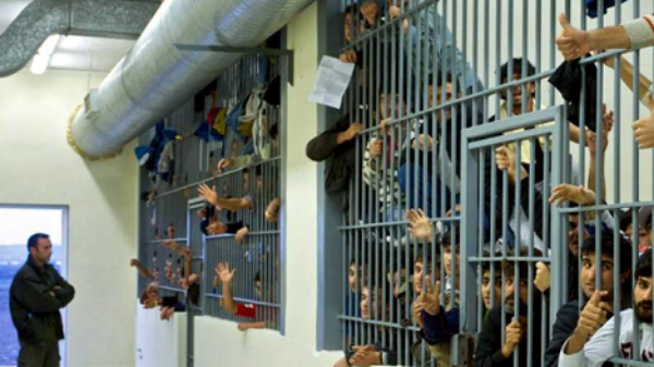 Peste 1000 de deţinuţi s-au întors în penitenciare, de când au fost eliberaţi pe baza recursului compensatoriu