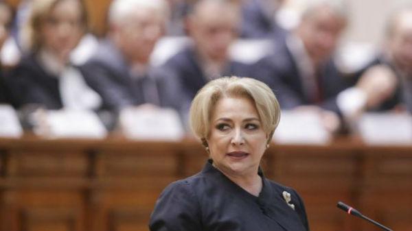 Premierul Dancila anunţă că firmele cu peste 50 de angajati sunt obligate să aibă un expert în egalitatea de şanse între femei şi bărbaţi
