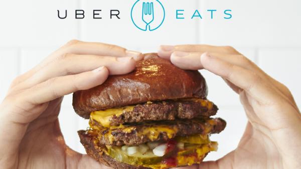 Uber lansează serviciul UberEATS pentru livrare de mâncare la domiciliu