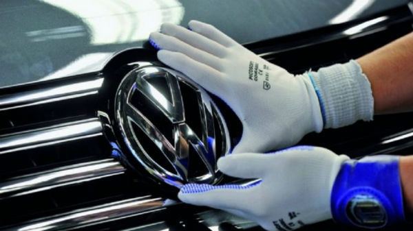 Logo-ul Volkswagen va fi modificat pentru prima oară în ultimii şase ani